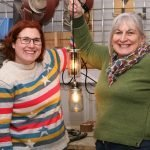 Mother and daughter lamp making team