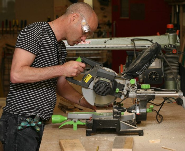 learn to use power tools