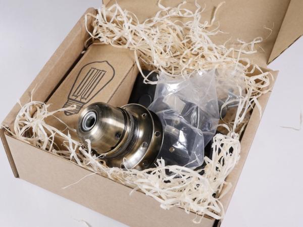 DIY lamp kit including lampholder, fabric flex, inline switch plug and bulb