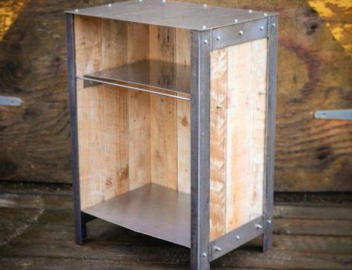 Industrial Style bedside table – Steel & reclaimed wood